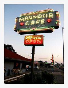 #Austin. Magnolia Cafe  http://thefoodienews.blogspot.com/