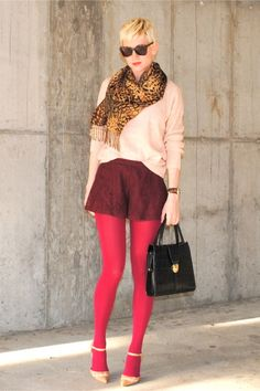 """Hot Pink Opaque Urban Outfitters Tights, Light Pink Chunky Forever 21 Sweaters 