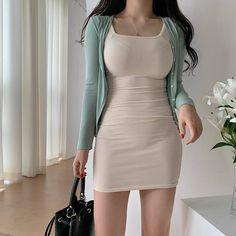 Korean Girl Fashion, Ulzzang Fashion, Kpop Fashion Outfits, Edgy Outfits, Retro Outfits, Classy Outfits, Dress Outfits, Girl Outfits, Everyday Dresses