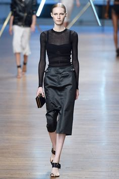 Jason Wu Spring 2014 RTW - Review - Fashion Week - Runway, Fashion Shows and Collections - Vogue#/collection/runway/spring-2014-rtw/jason-wu/10#/collection/runway/spring-2014-rtw/jason-wu/29
