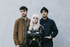 After a highly anticipated concert in rock band Paramore will come to Jakarta once again in February. Hailing from Franklin, Tennessee, Paramore ha. Music Pics, Music Love, Music Is Life, Music Videos, Paramore Hayley Williams, Paramore After Laughter, Taylor York, Black Veil Brides, Emo Bands