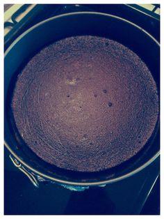 Chocolate cake.. No flour.. only chocolate, eggs and cream!!! <3