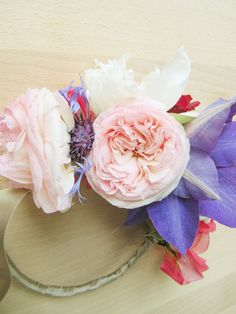 DIY: flower hair accessories