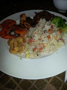 Seafood Seafood, Grains, Rice, Sea Food, Seeds, Laughter, Jim Rice, Korn, Seafood Dishes