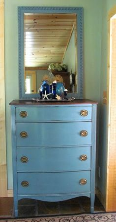 This dresser was purchased from Craig s List and painted with Annie Sloan Chalk  Paint. I 9a789d049717