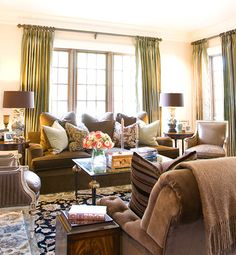 Gorgeous room....all the warm earth tones are an invitation to relaxation and to exhale........