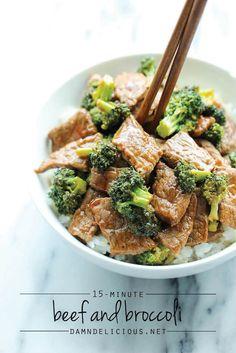 Bife com brócolis