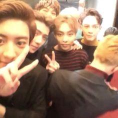 《02/12》 MAMA Awards - Red Carpet × #백현 #찬열 #엑소 #baekhyun #smtown #jongdae #parkchanyeol #minseok #smentertaiment #exo #chanyeol #exol #pcy × © happychanrus ×