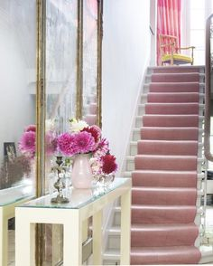 Bringing back an old favorite today, because everyone needs a pretty pink stair runner in their life! 💕 Interior design by