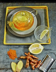 eating well in winter by Hemsley and Hemsley : Pep-up naturally Ginger, turmeric, lemon and cayenne – zingy Pep Up Turmeric Tea, an easy winter pep-up and immune-boosting remedy that can be enjoyed as a caffeine-free brew in the morning or sipped slowly after a meal. Turmeric is detoxifying, anti-inflammatory and antimicrobial (good for viral and bacterial infections). Cayenne aids digestion, relieves congestion and improves circulation.