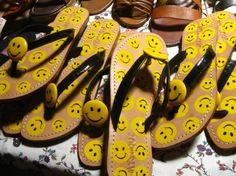 smiley flip flops~