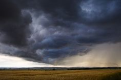 5 tips for weathering thunderstorms