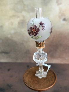 12 Volt Lighting Reutter Porcelain Victorian Rose Lamp 1:12 Dollhouse Miniatures