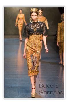 Dolce & Gabanna Gold and Black  Lace dress #crown #princess #MilanFashionWeek
