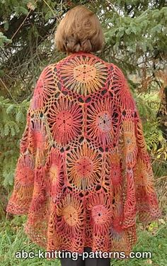 Ravelry: Afternoon Sunlight Shawl pattern by Elaine Phillips