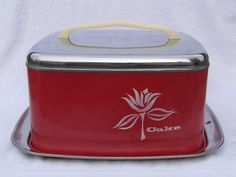 VINTAGE LINCOLN BEAUTY WARE CAKE SAFE CARRIER METAL SQUARE CHROME RED FLOWER