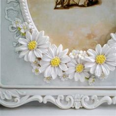 so pretty daisy mirror