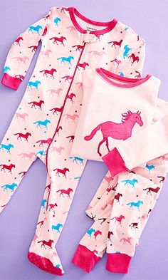 $10.99 Pink horse footie jammies! This supersoft footie promises nights filled with blissful comfort.