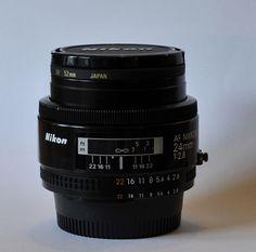 A beautiful wide prime lens (2.8 aperture).