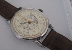 VINTAGE 37MM GIRARD PERREGAUX MANUAL WIND V22 CHRONOGRAPH SWISS WATCH FROM 1945
