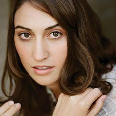 sara bareilles is amazing. and now i really want a nose ring.