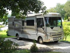 2008 Itasca Sunova 29R for sale by owner On RV Registry http://www.rvregistry.com/used-rv/1000771.htm