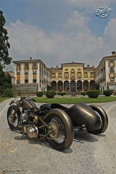▄ █ ▄  http://remorques-discount.com/fr/  ▄ █ ▄   #sidecar  #moto   #girl   #remorque   #trailer ✌ ❤