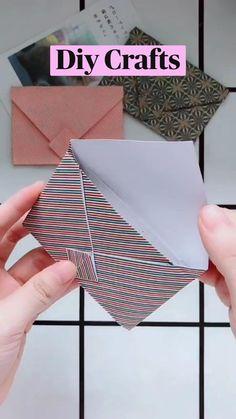 Easy Paper Crafts, Paper Crafts Origami, Diy Crafts Hacks, Diy Crafts For Gifts, Diy Home Crafts, Diy Arts And Crafts, Diy Craft Projects, Oragami, Diy Paper