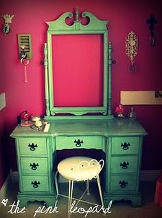 dressing table... love the contrasting colors of the wall and the dressing table without the mirror