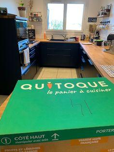 Pourquoi commander les menus Quitoque ? Mon avis pour simplifier la cuisine au quotidien Le Diner, Corner Desk, House Plans, How To Plan, Board, Decor, Vegetarische Rezepte, Mom, Organization