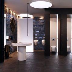 Cuarto de baño público con estilo