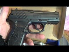 Checking out the C11 BB Pistol by Crosman