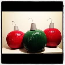 Re-used pumpkins from thanksgiving. I spray painted them, spray painted solo cups, cut a hole at the top and stuck pipe cleaner to make the hook. It's now a Christmas ornament. Pumpkin Snowmen, Christmas Pumpkins, Large Christmas Ornaments, Christmas Crafts To Make, A Pumpkin, Christmas Time, Christmas Decorations, Xmas, Pumpkin Ideas