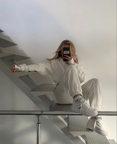 Lounge Outfit, Lounge Wear, Cute Casual Outfits, Girl Outfits, Fashion Outfits, Sweat Streetwear, Style Streetwear, Baggy Clothes, White Aesthetic