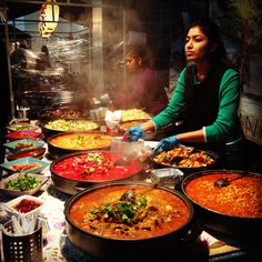 Brick Lane (Best Curry): Curry houses that line both sides of this famous lane in East London stretch on for nearly a mile. Men wait outside each restaurant trying to tempt you in with great deals, but take a walk down the lane first to find the best offerings.