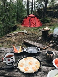 Zelt Camping, Bushcraft Camping, Camping And Hiking, Camping Life, Camping Gear, Outdoor Camping, Camping Hacks, Outdoor Food, Camping Essentials