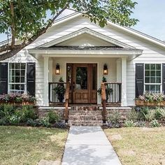 Episode 05 - The Graham House - Exterior Design Fixer Upper Episodes, English Cottage, Exterior Makeover, Magnolia Homes, Magnolia Market, House Goals, House Front, Upper House, My Dream Home