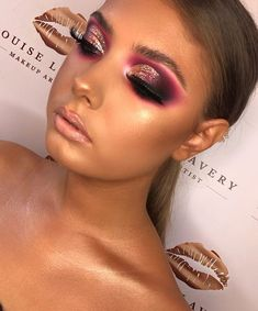 Learn about eye makeup looks and trends Perfect Makeup, Cute Makeup, Pretty Makeup, Makeup Goals, Makeup Tips, Beauty Makeup, Makeup Hacks, Makeup Ideas, Eye Makeup Cut Crease