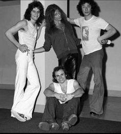 Very young Van Halen - 1976!