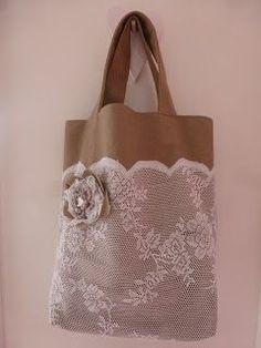 12 Handmade Bags You'll Fall in Love With Hobo Purses, Purses And Bags, Diy Sac, Lace Bag, Diy Handbag, Jute Bags, Denim Bag, Fabric Bags, Quilted Bag