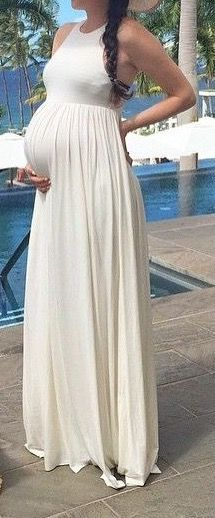 White maxi #maternity sundress. #summer #pregnancy