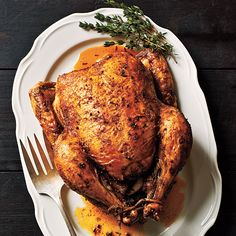 Crunched for time?Lean, meanrotisserie chicken will come to the rescue! Check out these no-recipe-needed ideas for quick meals (breakfast, lunch, and dinner!) using a store-bought bird. Breakfast...