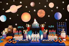16 ideas para decorar un baby shower 1st Boy Birthday, Birthday Party Themes, Space Baby Shower, Astronaut Party, Outer Space Party, Birthday Pictures, Baby Party, Party Time, First Birthdays