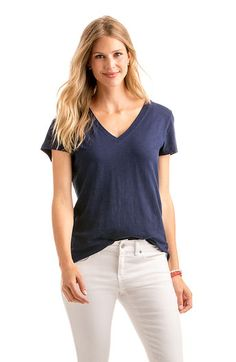 Short-Sleeved V-Neck Solid Slub Tee