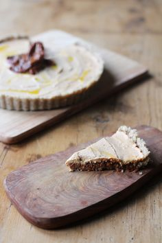 Rich, creamy and delicious Raw Sundried Tomato Tart - vegan and gluten free!
