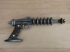 Ray Gun Cast Aluminum and Bronze with Spring Trigger for by Nelles Steampunk Weapons, Sci Fi Weapons, Concept Weapons, Retro Toys, Vintage Toys, Retro Rocket, Space Toys, Vintage Space, Cosplay