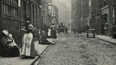 The Real Whitechapel - Ripper Street, late - Dorset Street was so dangerous that police dare not enter in no less than groups of four. Victorian London, Vintage London, Old London, Victorian Life, Victorian Era Facts, Victorian Houses, Edwardian Era, London History, British History