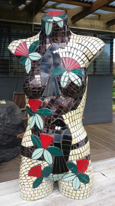 Miss Tui is a mosaiced Torso made from ceramic tiles and the background is glass. New Zealand native birds - Tui and Fantail resting in our native tree - The Pohutakawa which we refer to in New Zealand as our Christmas tree. Mannequin Art, New Zealand, Spiderman, This Is Us, Tiles, Christmas Tree, Crafty, 3d, Superhero