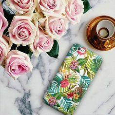 Corre ver os produtinhos da minha nova estampa TropicalAbacaxi 🍍 TropicalPineapple 🍍 LaPiñaTropical 😉by @colab55 Acesse 👉 rosygonzalez.yolasite.com/  #Colabb55 #amoestampas  #amograbados #loveprints #estampa #prints #grabados #decoração #decoration #decoración #VamosEspalharArte #VamosaDifundirelArte #LetsSpreadArt #Euquefiz #Ididthat #yolohice  #ilustração #illustration #ilustración #Almofadas #Almohadas #Cushions #Bolsas #Bags #Chinelos #Chanclas #Slippers #Caderno  #Sketchbook…
