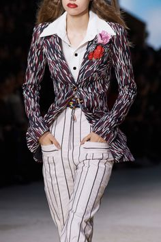 Louis Vuitton Spring 2020 Ready-to-Wear Fashion Show - Vogue